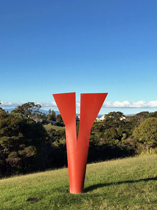Waiheke Island Art Walk with Walking By Nature tours